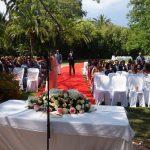 Ceremonia civil en jardín La Concepción Marbella. Español Sueco. Wedding ceremony in Marbella in Swedish and Spanish F03
