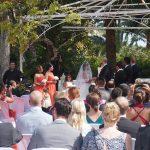 Ceremonia civil en jardín La Concepción Marbella. Español Sueco. Wedding ceremony in Marbella in Swedish and Spanish F01